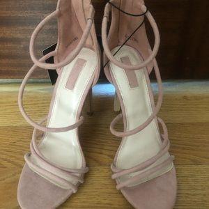 NWT Light Pink Caged Heel